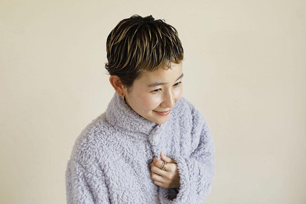 着る毛布 ショート丈 衿部分